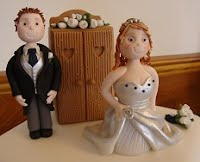 Ian and Zoe wed cake topper